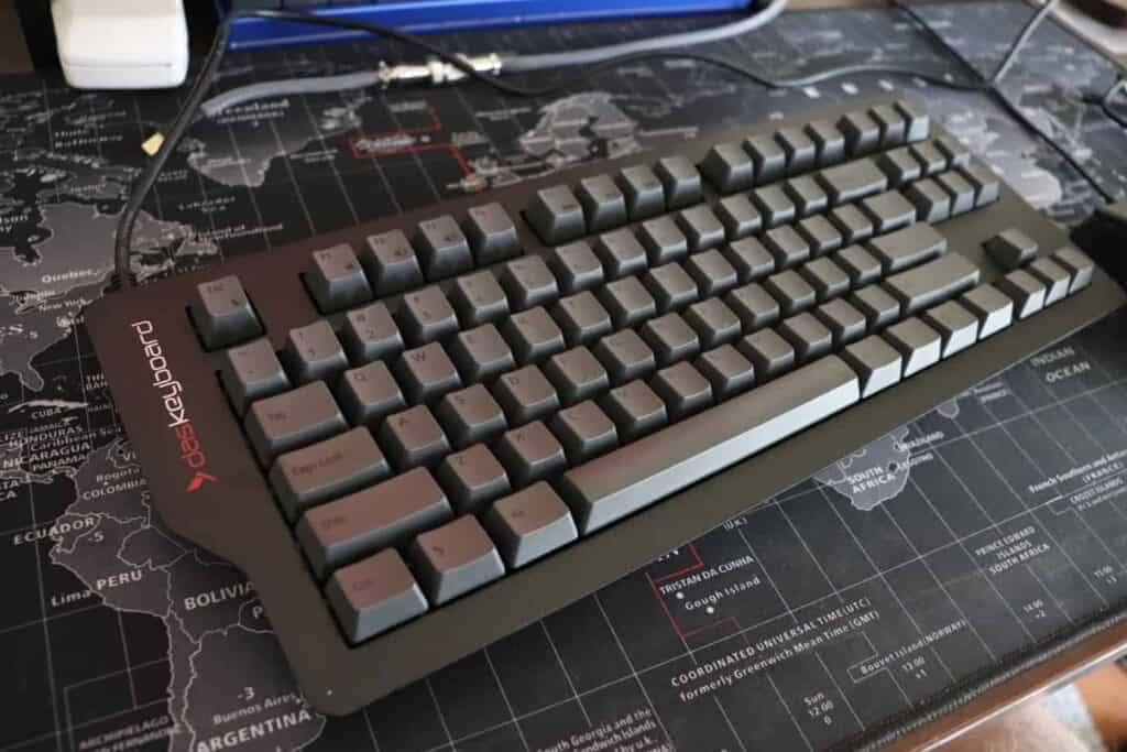 Das Keyboard 4C TKL Angled View
