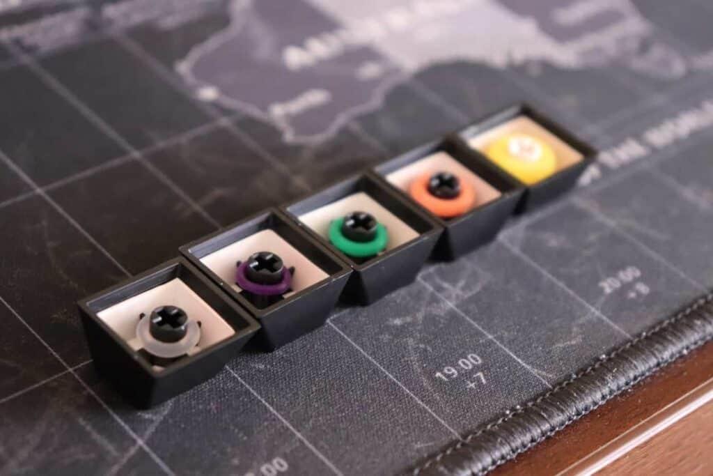 O-rings on mechanical keyboard keycaps
