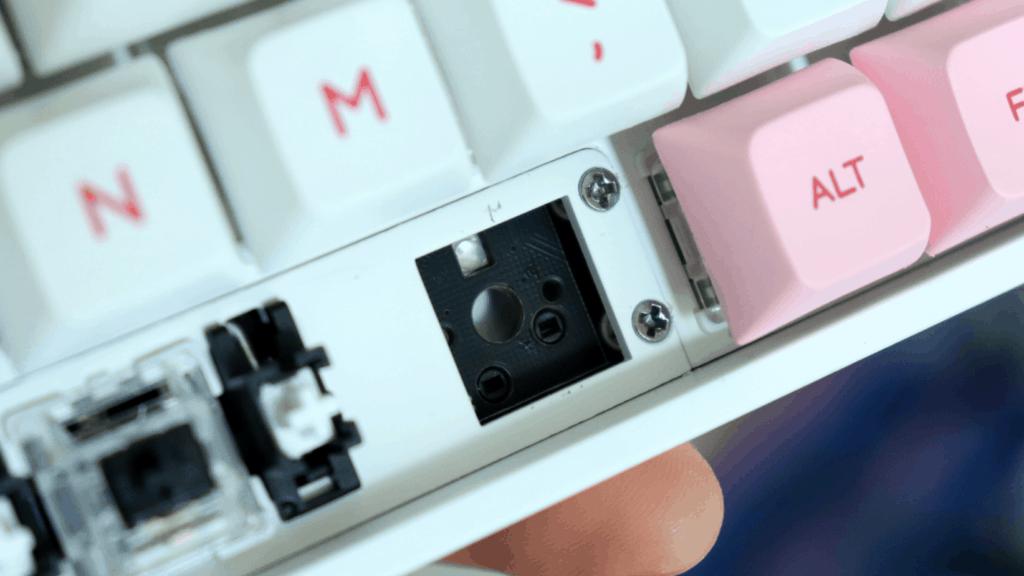 Epomaker GK68X hotswap socket