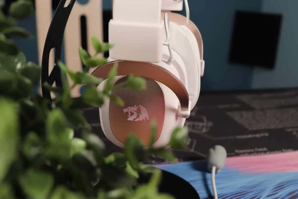 Redragon Zeus H510 sitting on a headphone stand