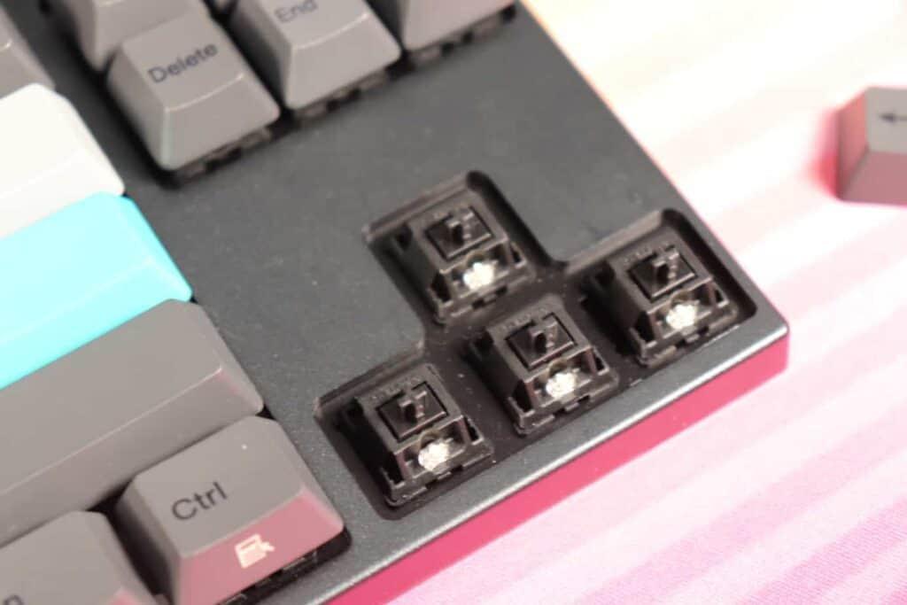 Varmilo VA87M switches
